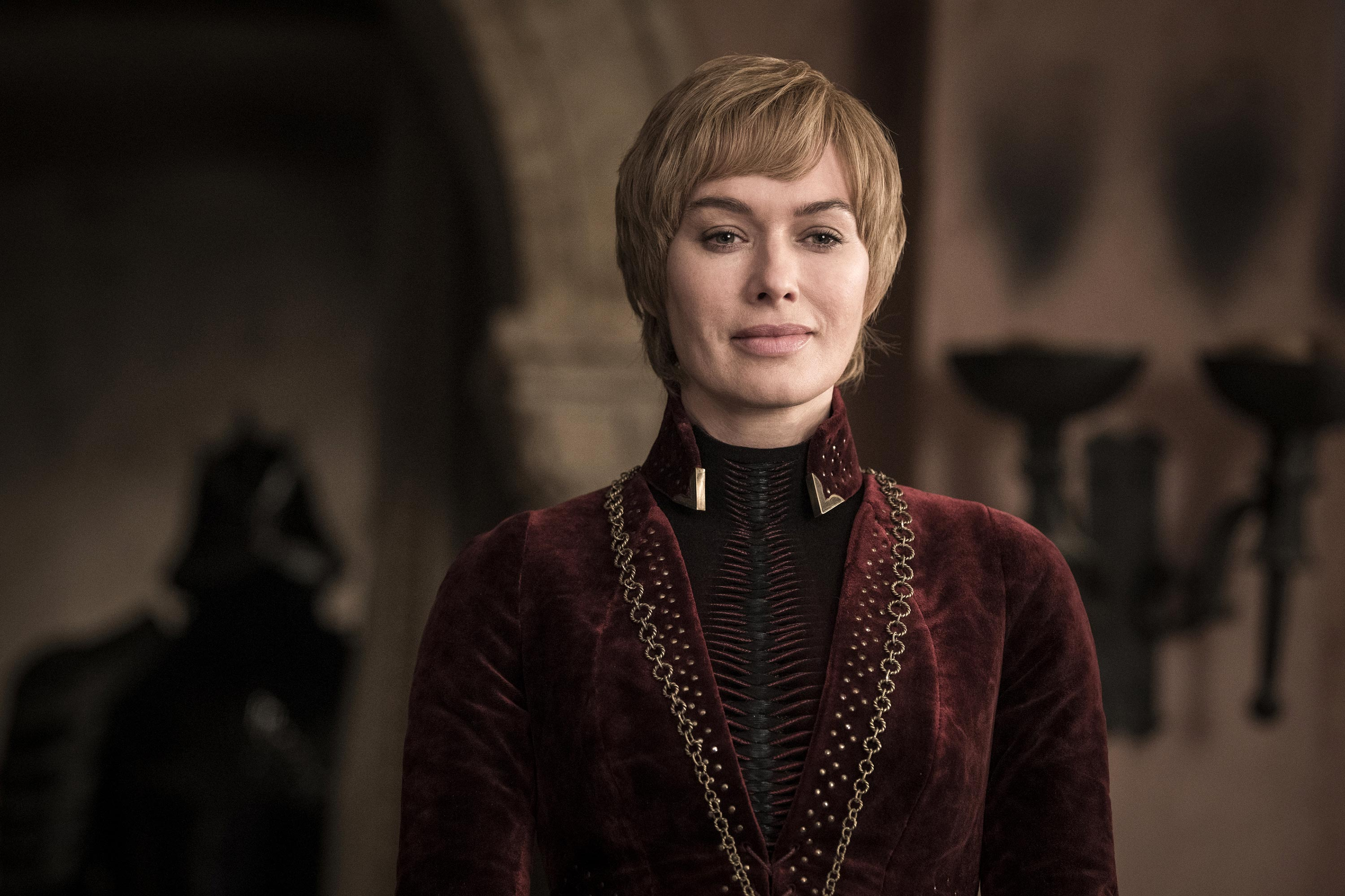 Queen Cersei overlooking King's Landing from the Red Keep