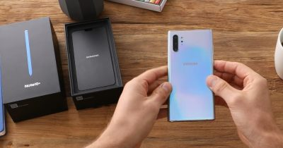 Samsung Note 10 unboxing and hands-on videos.